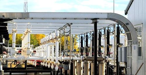 Station piping at Pembina's Valleyview Terminal Facility south of Valleyview, Alberta (Pembina)