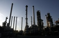 Further delays on new refineries are possible