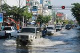 In Thailand, severe flooding had prompted major tyre makers, including Toyota, Honda, Goodyear and Bridgestone, to halt production at their plants in the southeast Asian country.