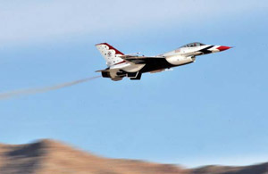 USAF Thunderbirds F-16, Rex Features
