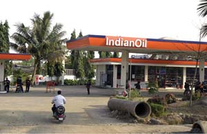 Indian petrol station Rex Features