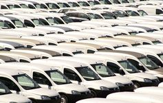 EU May commercial vehicle registrations fall