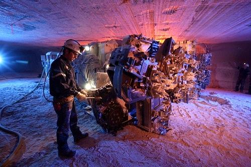 Mining operation in Rocanville, Saskatchewan. (Image used under license from Potash Corporation of Saskatchewan Inc.)