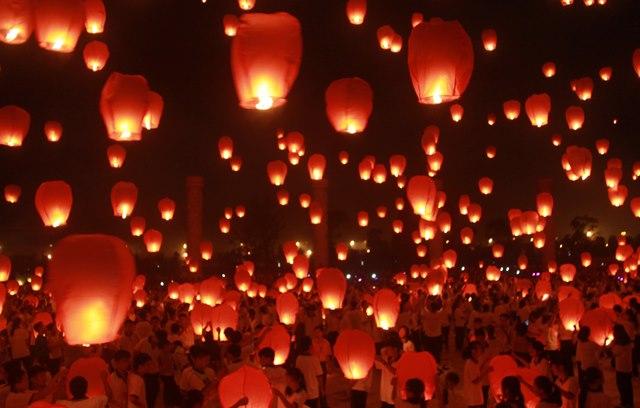 Sky lanterns for Mid-Autumn Festival