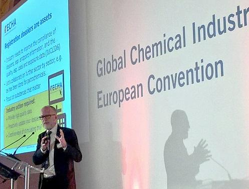 Geert Dancet addressing delegates