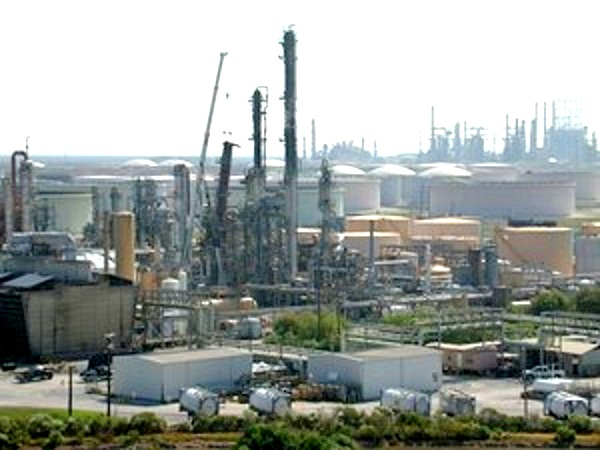 The US Chemical Safety Board closed its investigation into the 2005 blast two years later. (Image source: CSB) http://www.csb.gov/bp-america-refinery-explosion/