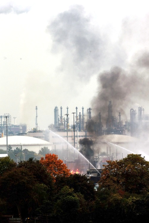 Firefighters battle the blaze at the BASF chemical company facility in Ludwigshafen, Germany, on Monday, 17 October 2016. (Xinhua News Agency/REX/Shutterstock)