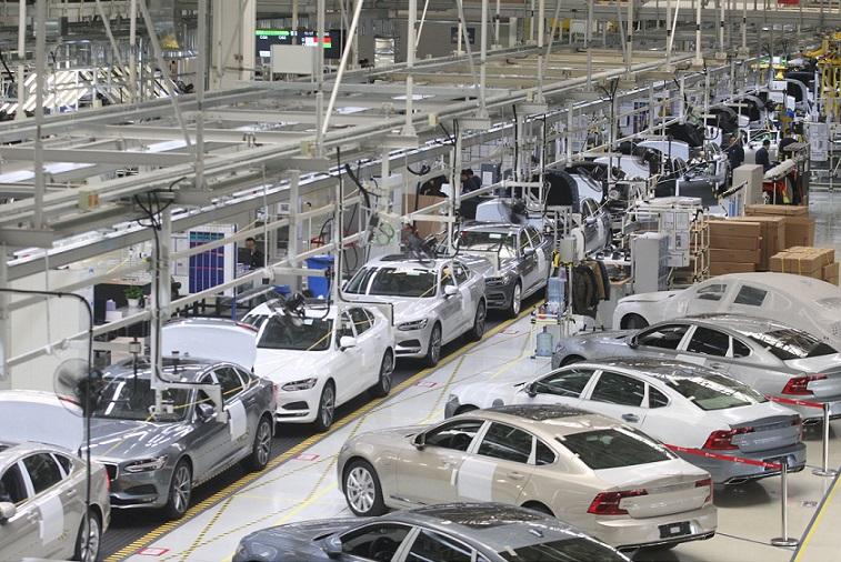 China car manufacturing plant 19 April