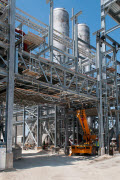 Two US HCl plants to start production in Q2 and Q3