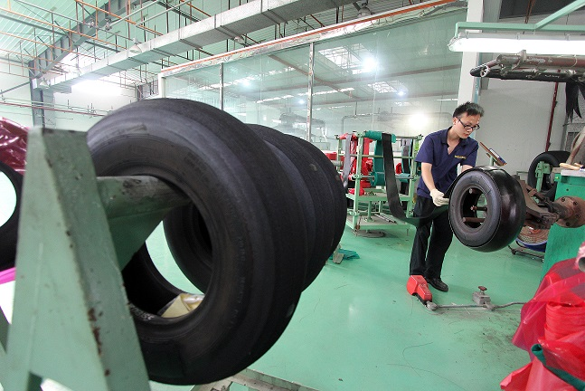 China tyre factory 5 October